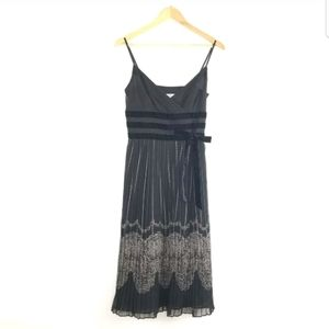 Ann Taylor Loft Pleated Velvet Bow Dress Sz 4